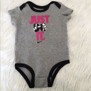 Nike Onesie Just Do It! Baby Girl 3-6 month